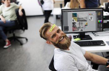 Positividade no ambiente de trabalho: como desenvolver uma atitude positiva?