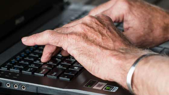 escritor independente home office